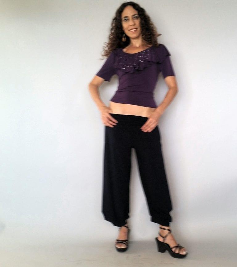 חולצת וולנים סגול עם פייטים