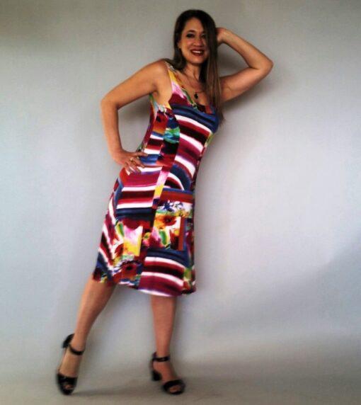 שמלה צבעונית