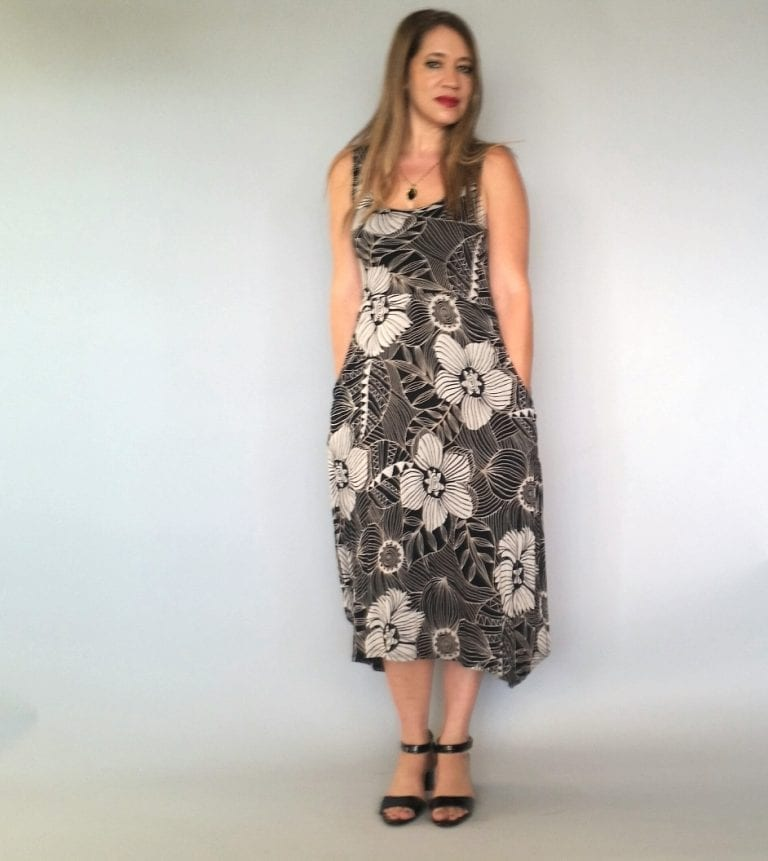 שמלה עלמא שחור בז'
