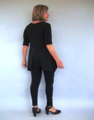 חולצת טוניקה בעיטור ציור עבודת יד אחורי