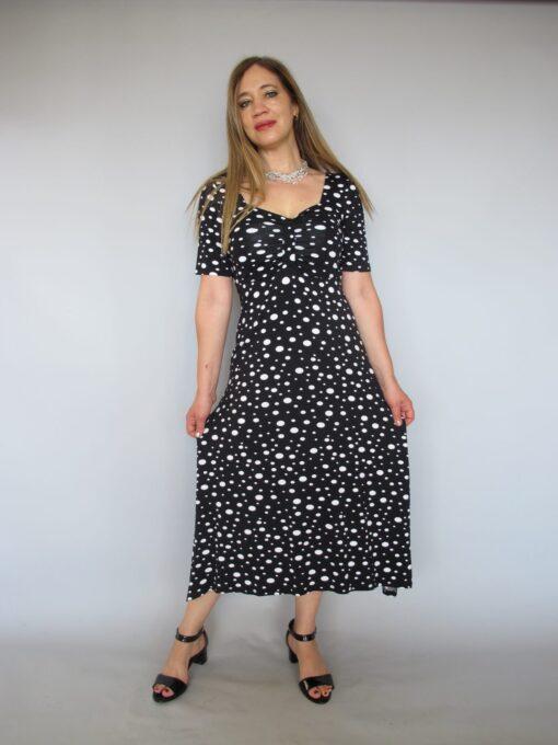 שמלת נקודות שחור לבן חצי שרוול