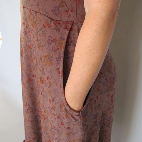 שמלה עלמא חום פרחוני כיסים