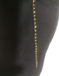 עיטור זהב מכנסיים שחורים מחוייטים עם כיסים
