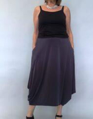 חצאית עלמא כיסים בצבע אפור