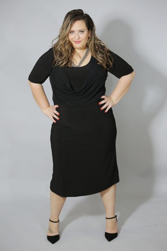 שמלה שחורה רבידה